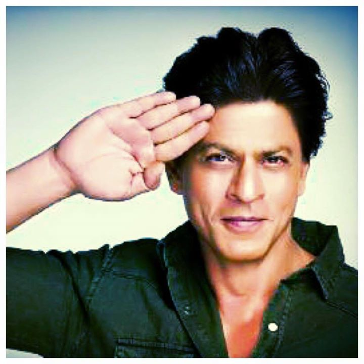 Salute to our Armed Forces, who selflessly risk their lives to protect our beloved country & our families. #SaluteSelfie
