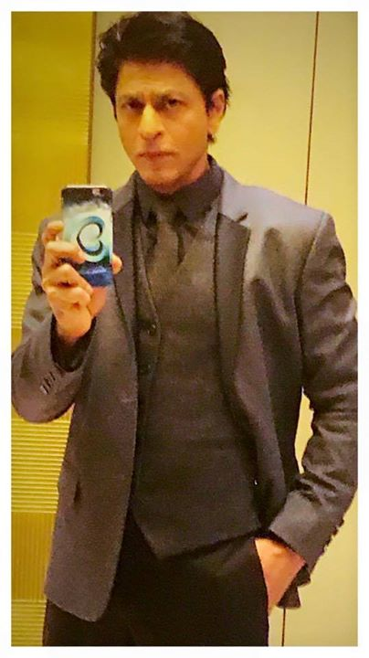 'D' for Delhi, D for dapper, D for Don't miss my Dilwale logo phone cover. Damn I am such a 'marketing genius'. ha ha!