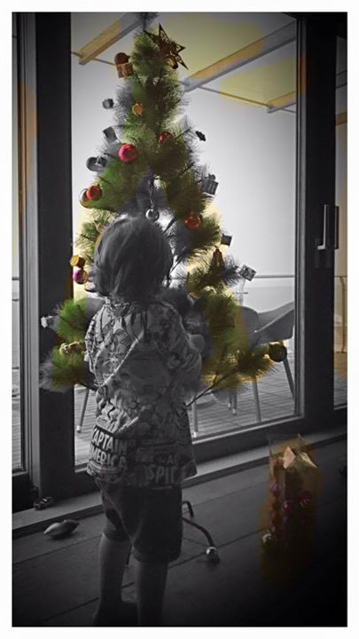 Our Christmas tree is getting readied…now waiting for Santa. Merry Christmas to everyone…