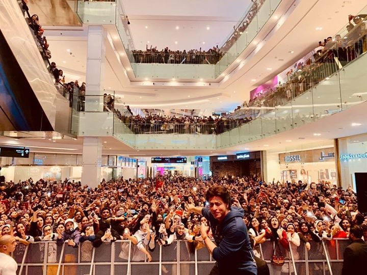 Masha Allah. Thx Al Kout & Cinescape for getting me to meet such beautiful people. Ana Ahbak...I love you Kuwait. Ishqbaazi ho gayi Aap sab se. Let's hear the song again... bit.ly/Issaqbaazi-Zero