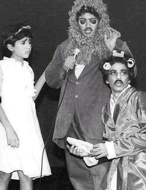 How is this for varied roles!! How many actors with mustache & curlers have had a meaningful dialogue with a lion?