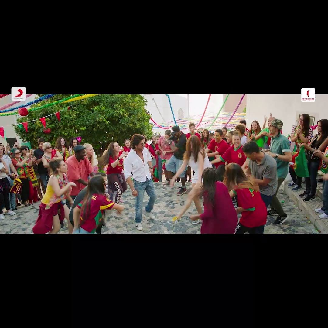 Have to follow wotever u say Anushka Sharma. Stuck with U & on U. Can't wait till tomorrow for Diplo & Phurrr! Till then #MiniPhurrr will do  Imtiaz Ali Pritam  Red Chillies Entertainment Sony Music India
