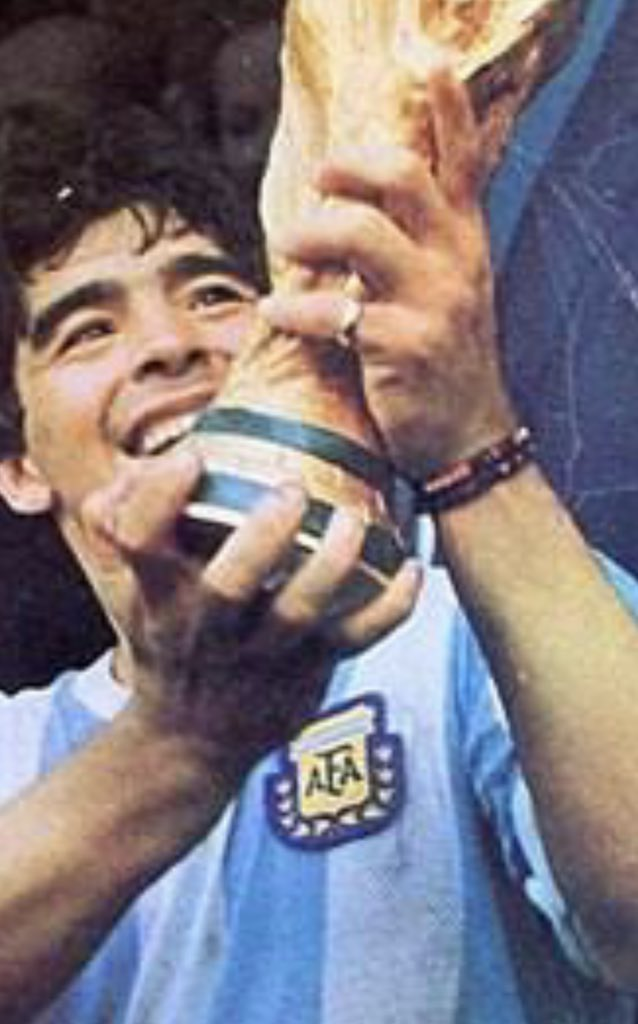 Diego Maradona....you made football even more beautiful. You will be sorely missed and may you entertain and enthral heaven as you did this world. RIP.... https://t.co/PlR2Laxfj2